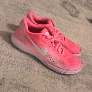 Size 8.5 Pink Nike Flex Run Shoes